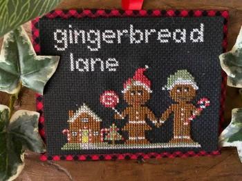Gingerbread Lane-Frog Cottage Designs-