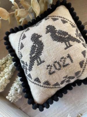Blackbird Quaker-Frog Cottage Designs-
